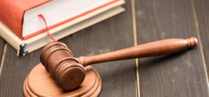 ВС РФ объяснил разницу между трудовыми и гражданско-правовыми отношениями